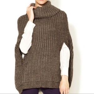 BCBGMAXAZRIA poncho sweater- One size-